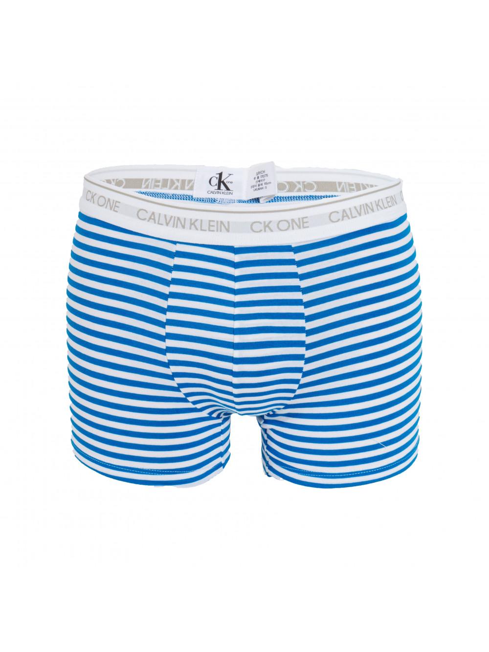 Férfi boxeralsó Calvin Klein CK One Stripes fehér-kék